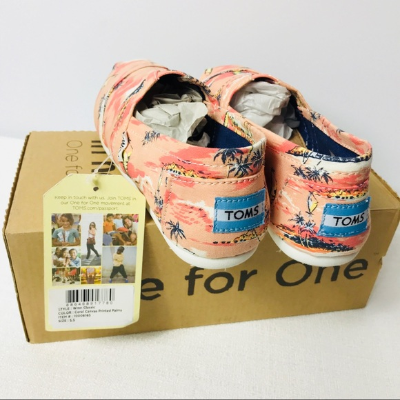 d52d22b15ab women s classic Toms Coral Canva printed Palms 5.5